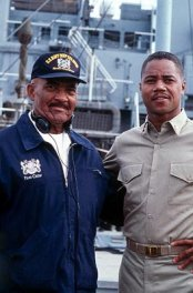 The real Carl Brashear and Gooding Jr.
