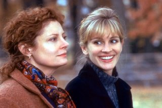 Susan Sarandon and Julia Roberts
